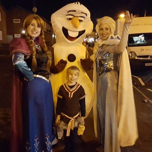 Kaylie and Cora as Anna and Elsa