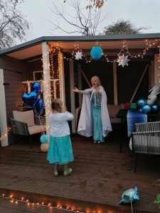 Queen Elsa Doorstep Visit - Nottingham